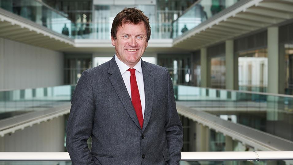 Ben de Pear steps down as Channel 4 News Editor