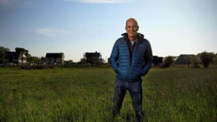 Grand Designs back to the street for two more C4 series