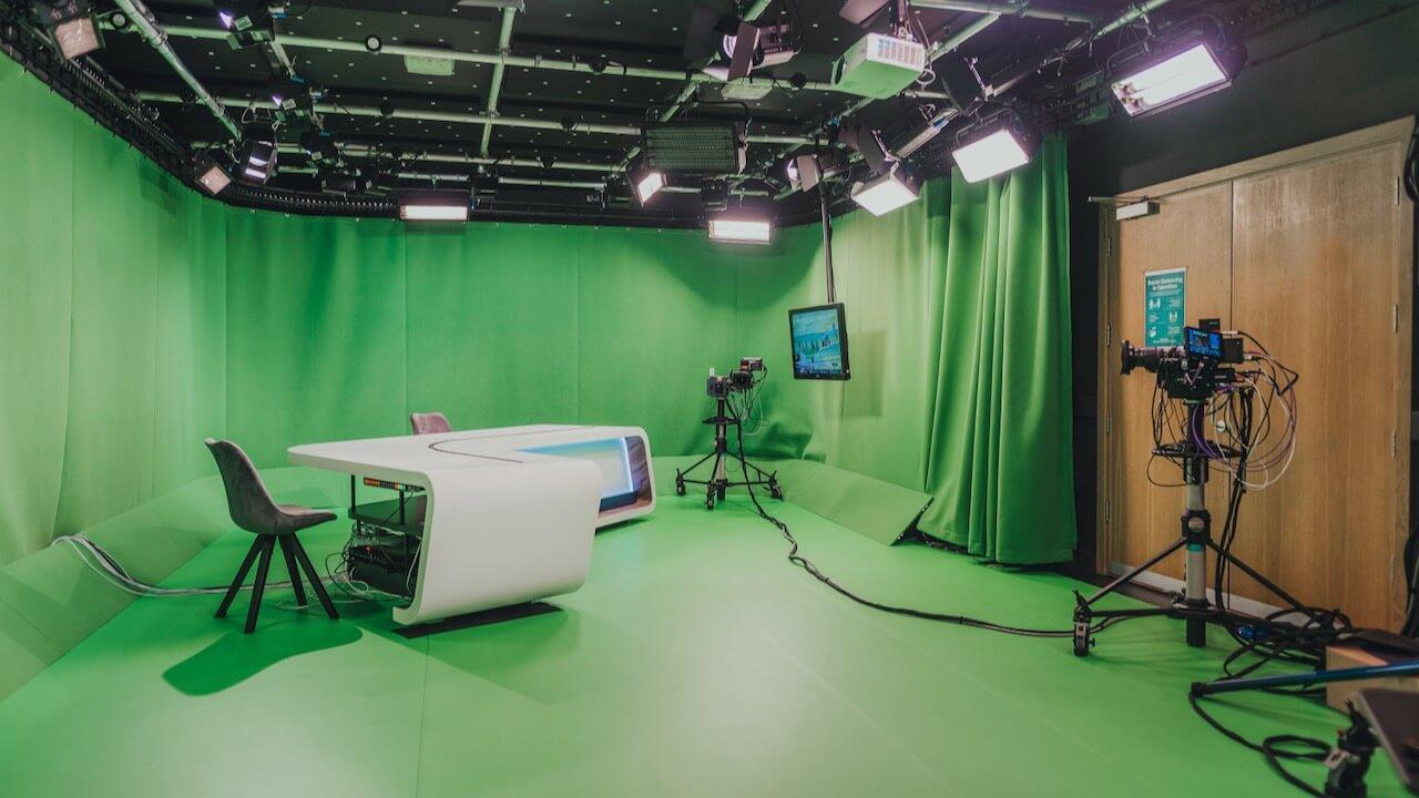 Timeline and Moov launch Racing TV VR studio