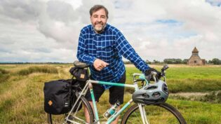 O'Doherty chats to cycling celebs for C4